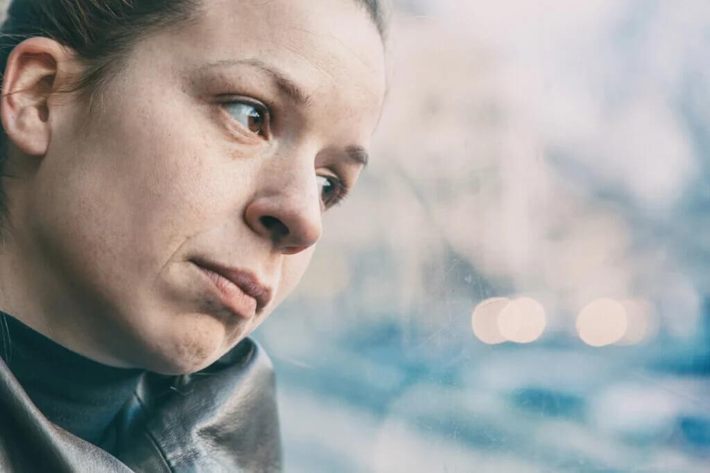 Como saber se sou uma esponja emocional e o que fazer a respeito?
