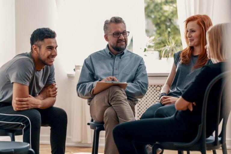 Terapia em grupo: o que é, características e objetivos