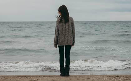 Viver sem alegria: quando normalizamos o desânimo