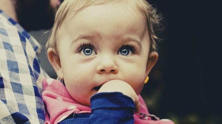 É possível identificar os bebês mais inteligentes?