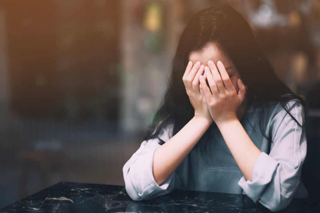 Você sabe o que é a ansiedade social?