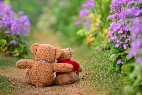 Ursinhos abraçados com gratidão