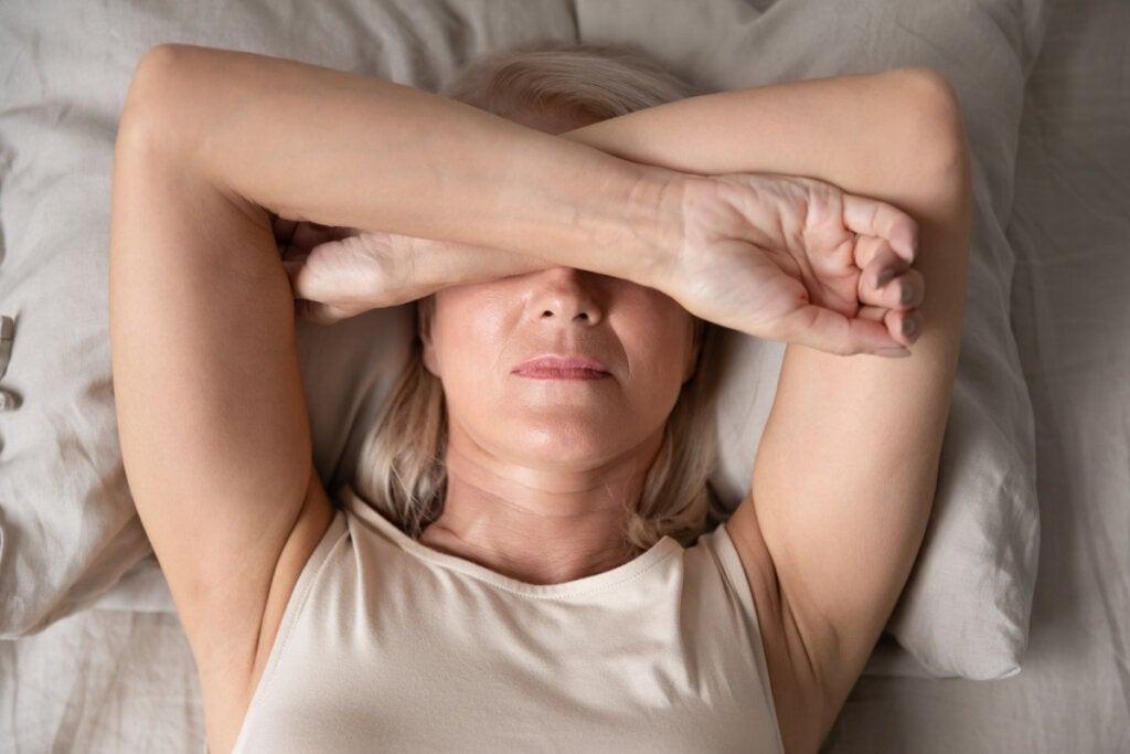 Insônia por dor crônica: o que a causa e o que fazer diante dela?