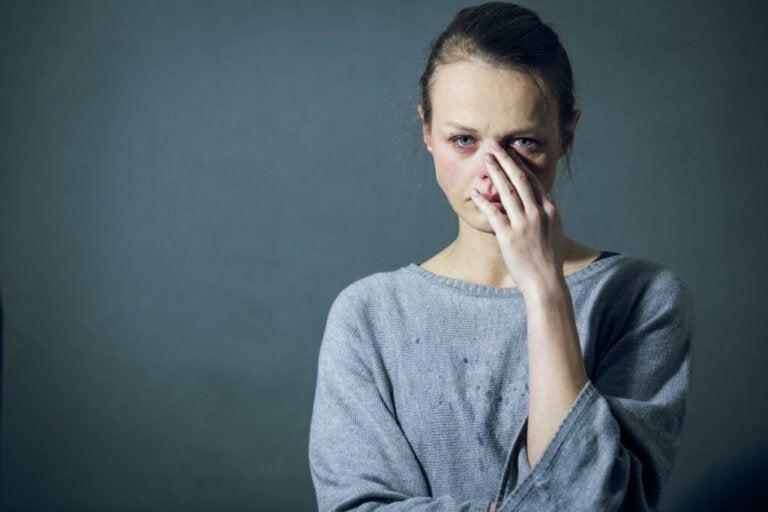 Paratimia: definição, sintomas e distúrbios associados