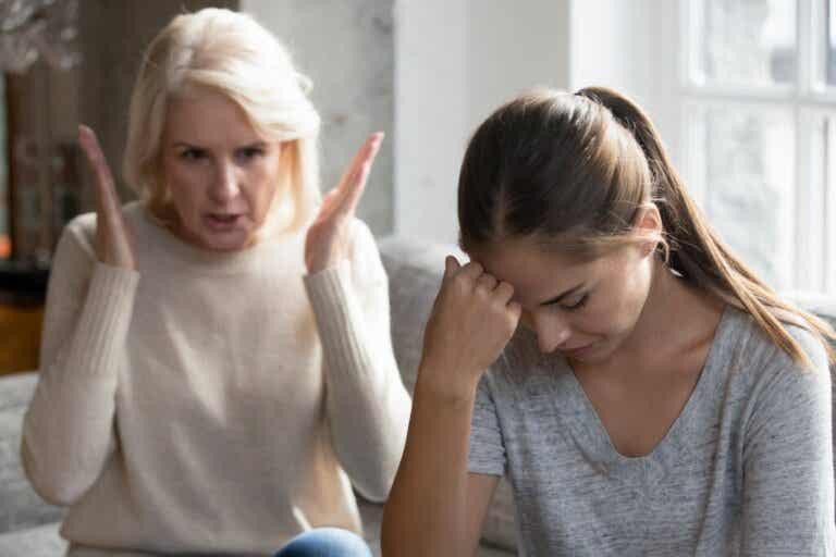 Como sobreviver à desaprovação dos pais?